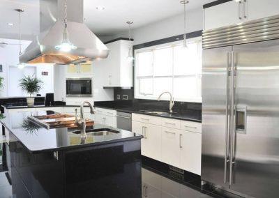 Kitchen030_srcset-large